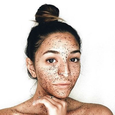 The Correct ✌️ Way to Exfoliate 🛁 for Beautiful 😍 Skin 👩 ...