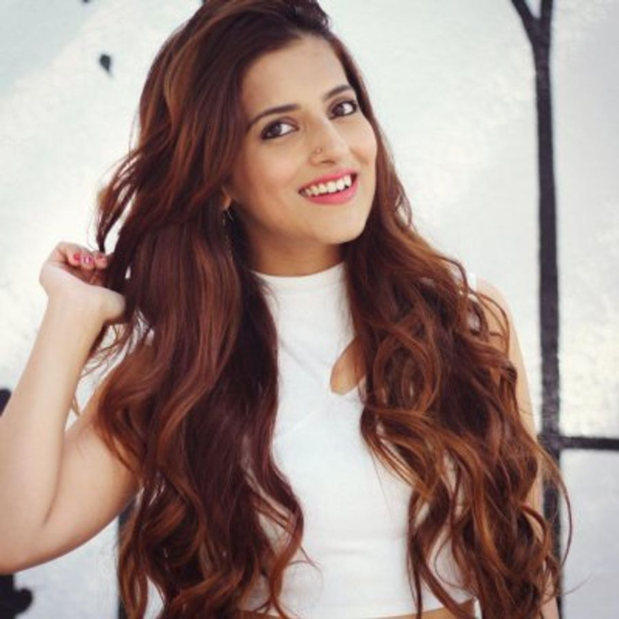 Terrific Classy And Sophisticated Hairstyles Indian Girls Will Love Natural Hairstyles Runnerswayorg