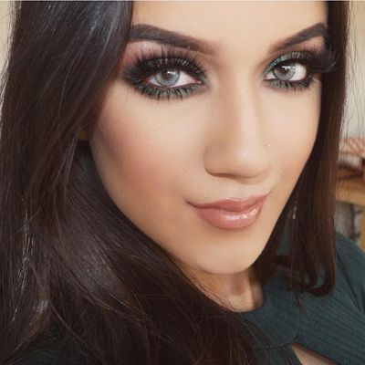 21 Makeup Tips and Tricks for Teens Learning the Trade ...