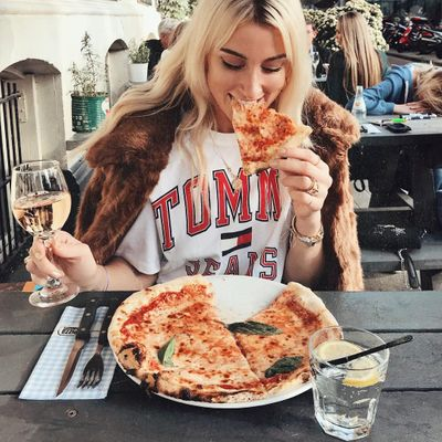 Pizza in a Minute for Busy Girls on the Go ...