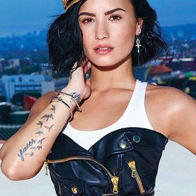 2️⃣1️⃣ Crazy 🆒 Celeb Tattoo Inspos 💉🎨 for Girls Who Want Cool Ink ...
