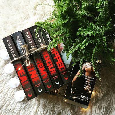 5 Romance 😘 Authors 📖 You Should 👍 Read 🤓 ...