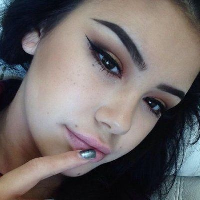 Should You Actually Try Using Eyebrow Tattoos?