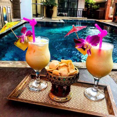 How to Make the Best Non-Alcoholic Piña Colada ...