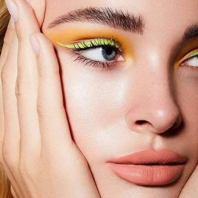7 Eyeshadow Mistakes to Avoid ...