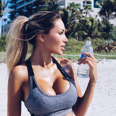 How to Maintain Body Water Balance Throughout the Day ...