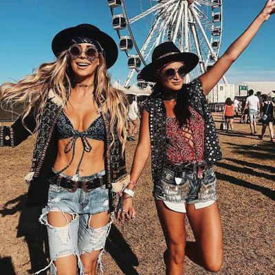 5 Absolute Beauty Must-Haves 🤗 for Girls Going to Music Festivals This Summer 🌞🌺❤️ ...