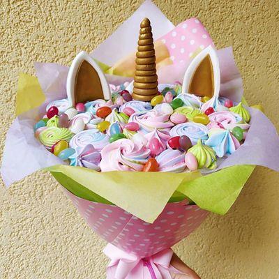 DIY Candy Bouquet ...