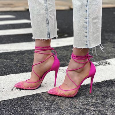 5 Essential Tips to Walking in Heels for the Modern Day Woman ...