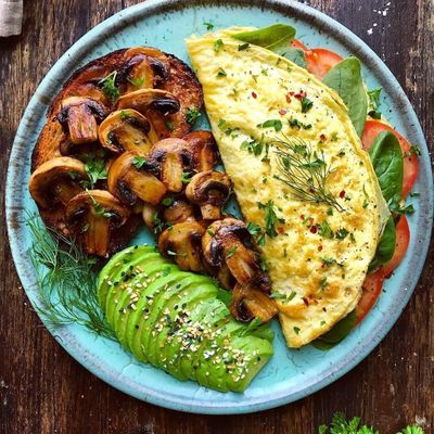 Delicious 1 Minute Low Carb Mason Jar Omelettes for Busy Girls ...