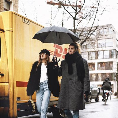 A Plastic Bag is No Substitute for Topshop's Goose Umbrella in This Weather
