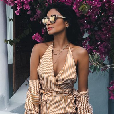 Shay Mitchell's Style Inspiration 👗👠 for Girls Who Love Chic 👒🕶 ...