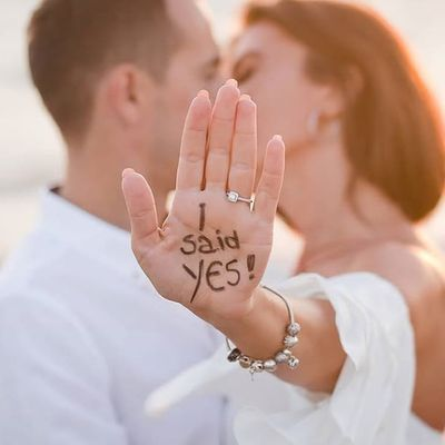 11 Creative Wedding Ring Photo Ideas That You'll Cherish Forever ...