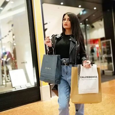 10 Ways to Tell if You're a Shopaholic ...