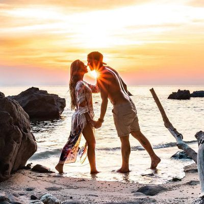 12 Unconventional Date Ideas for when You Want to Date outside the Box ...