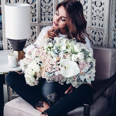 7 Fabulous Floral Bags to Please the Nature Lover in You ...