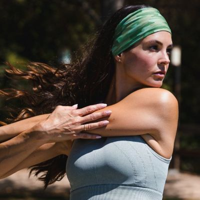 Best Headbands to Workout for Serious Sweating ...
