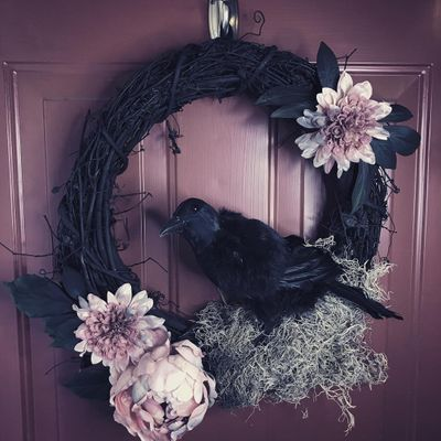 Delightfully 😁 Creepy Raven or Crow 🦅 DIY Décor 🎨 for Halloween 🕸 ...