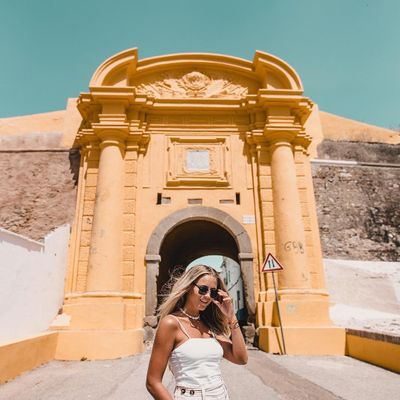 8 Ways to Plan a Travel Themed Wedding ...