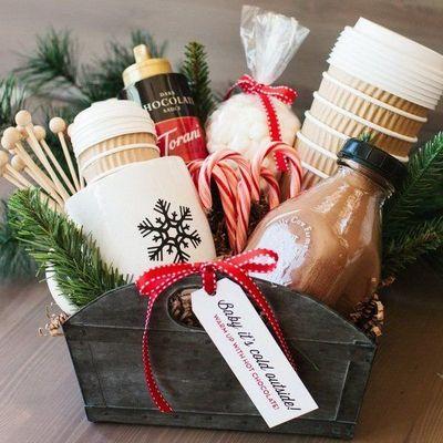 10 Christmas Gift Basket Ideas 🎄That Rock 🎁 ...