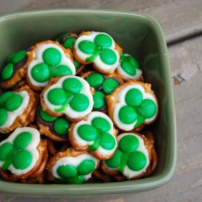17 Snacks You Can Serve at a St. Paddy's Day Party ...