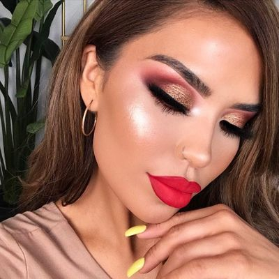 7 Lovely Ways to Achieve a Glamorous Makeup Look ...