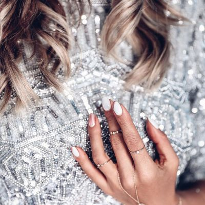 10 Nail Trends Celebs Are following This Spring ...