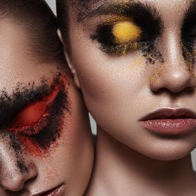 15 Steps for Creating a Perfect Smoky Eye Look ...