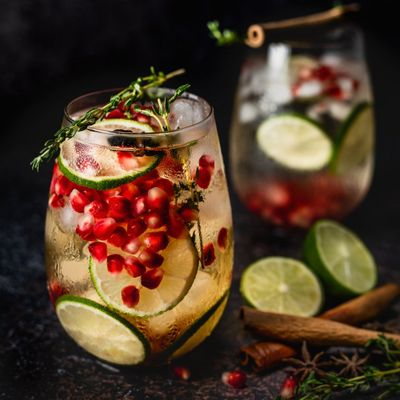 7 Fabulous Cocktails Made with Herbal Teas ...