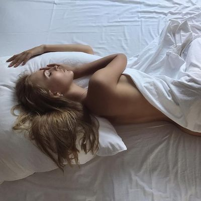 How to Stick to 🔐Your New Year's Resolution🍾 of Getting More Sleep 🛌 ...