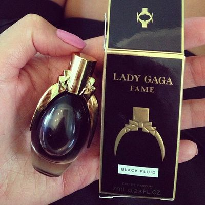 The Best ✌️ Celebrity 🌟 Perfume 🌸 for Your Zodiac Sign ⛎♌️♋️♐️ ...