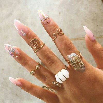 How to Keep Your Rings Shiny and Sparkling ...