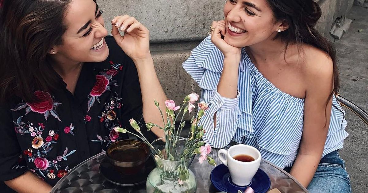 The Shy Girls Guide to Making New Friends Right Away