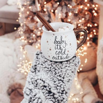 DIY ✂️ Christmas Gift 🎁 Mugs ☕️ on the Cheap 💰 ...