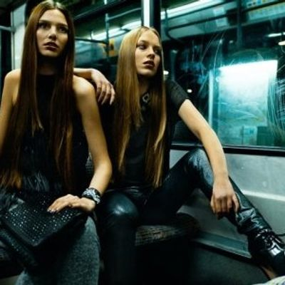 7 Ways to Survive Commuting by Tube or Metro ...