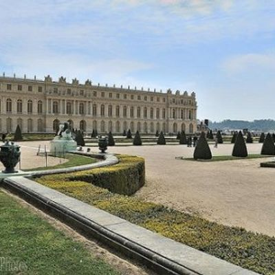 7 Magnificent French Chateaux ...