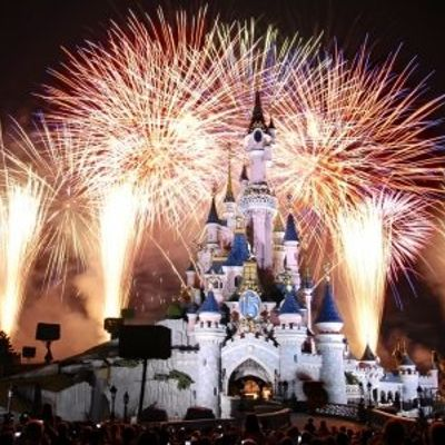 7 Tips for Your First Trip to Disneyland ...