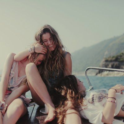 The Best Ways to Travel with Your Girlfriends when You're on a Budget ...
