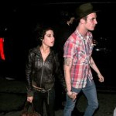 Amy Winehouse Ignores Advice to Make New Hubby Sign Prenup