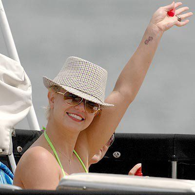 Britney Spears Income is off the Charts!