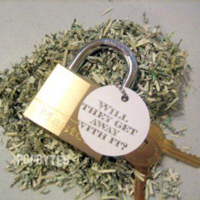 Katie Holmes' New Flick - under Lock & Key ...